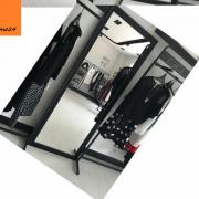 Gương soi toàn thân khung đen tối giản 01